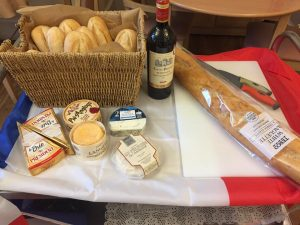 campervan-frenchday-fayre-cheese-wine-baguettes