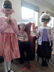 school-children-world-book-day-gangsta-grannies