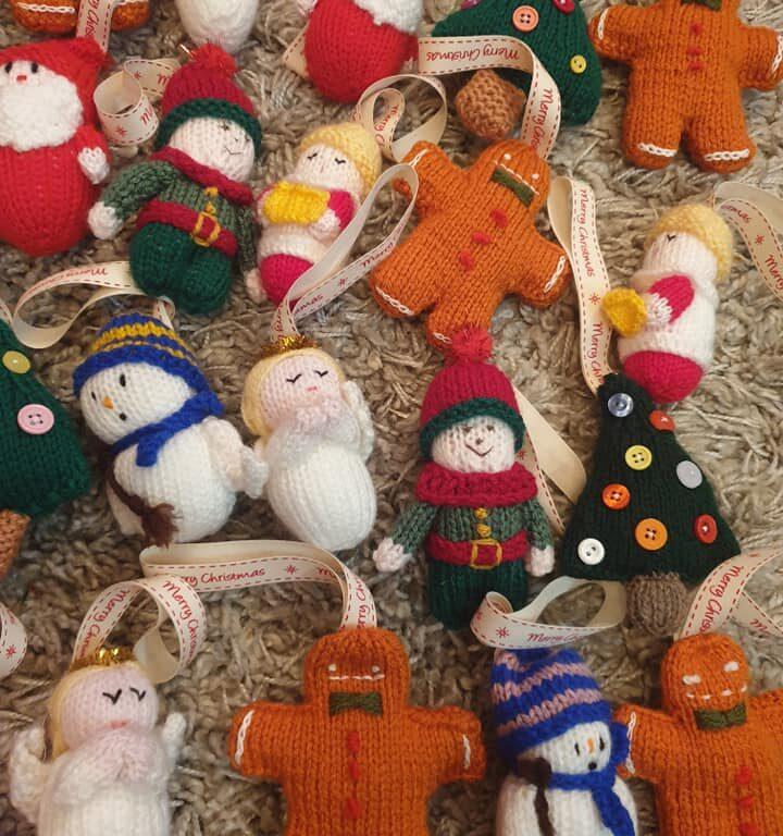 knitting community Christmas decs