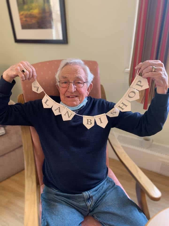 Alan Bishop bunting Astley
